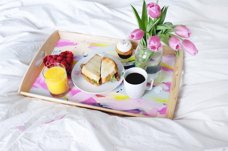 colazione a letto il giorno di san valentino